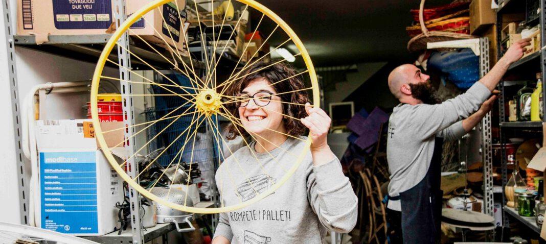 ScartOff: riuso creativo, upcycling come esempio di economia circolare e design sostenibile