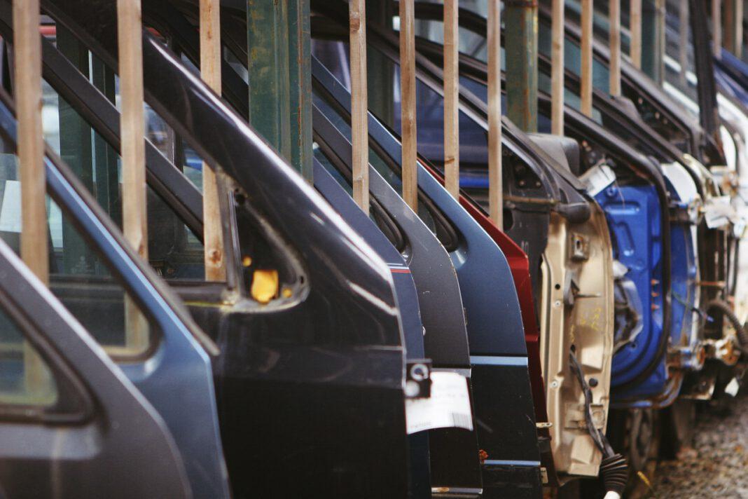 automobili rottamazione riciclo