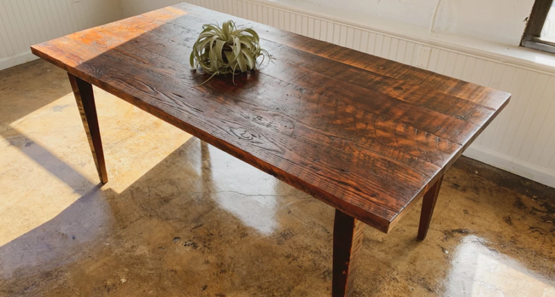 mobili riciclo upcycling_Douglas Fir Dining table, courtesy Brooklyn reclaimed